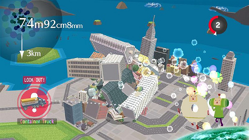 Casually destroying a city with the katamari.