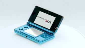 Despite (legitimate) fears, Nintendo did not throw the original 3DS design under the bus...yet.