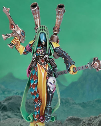 Harlequin Shadowseers oversee Harlequin troupes on the battlefield