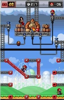 A typical boss battle, players must guide the Marios to the three switches while avoiding barrels.