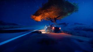 E3 2021: Hitchin' a Procedural Ride to the Border on Road 96