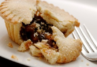 A mince pie, a traditional Christmas food.