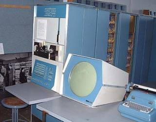 PDP-1, note typewriter interface and round monitor