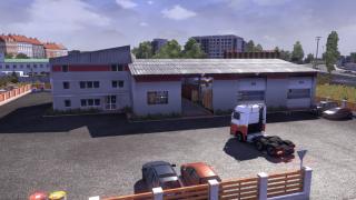 Medium sized player garage.