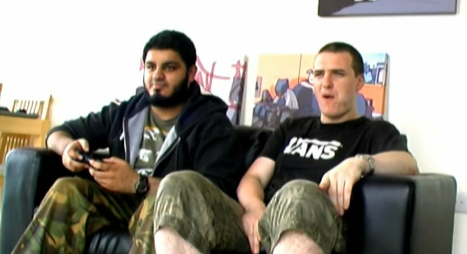 The camo twins are back and they are going to be on Giant Bomb!