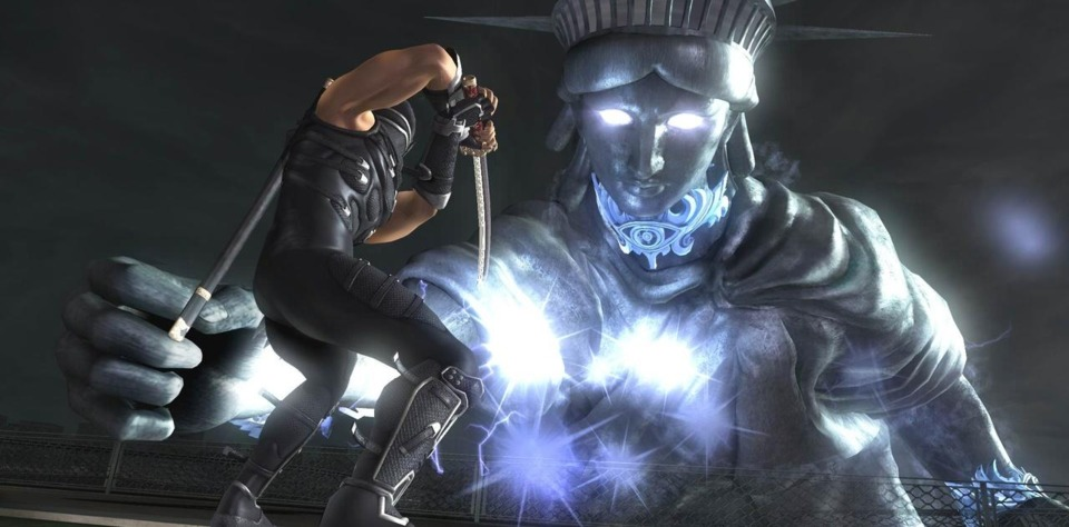 Ryu confronting Lady Liberty in Ninja Gaiden Sigma 2.