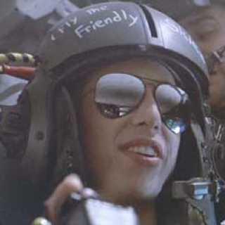 Female dropship pilot Ferro from the movie Aliens