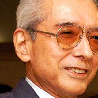 Hiroshi Yamauchi and his excellent glasses